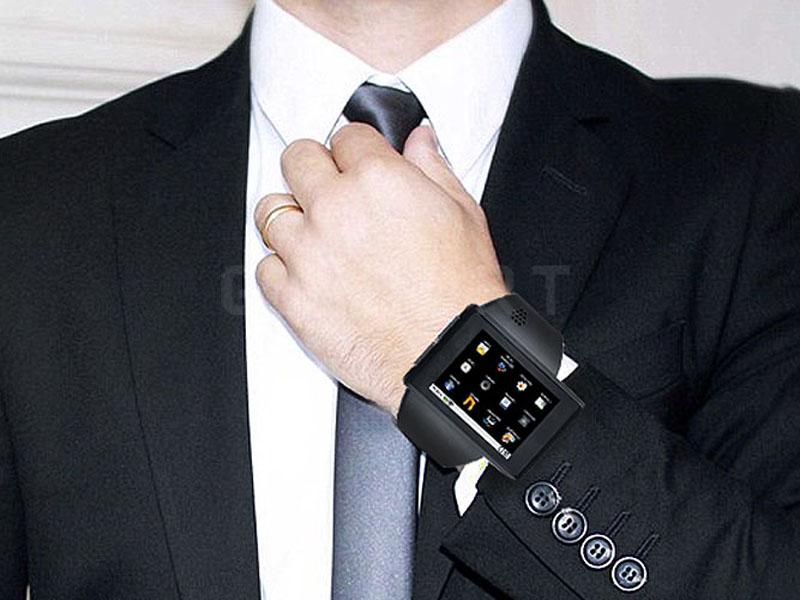 wrist-smartpone
